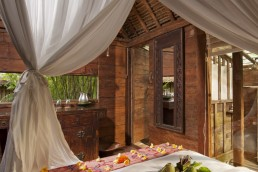 Bare Escape. Book our Retreat to Ubud